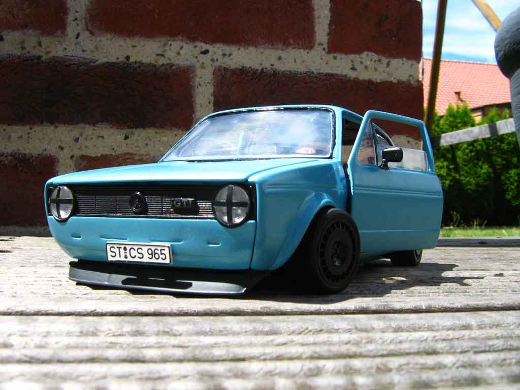 Volkswagen Golf 1 GTI 1/18 Solido blue jantes ford escort rallye tuning diecast model cars