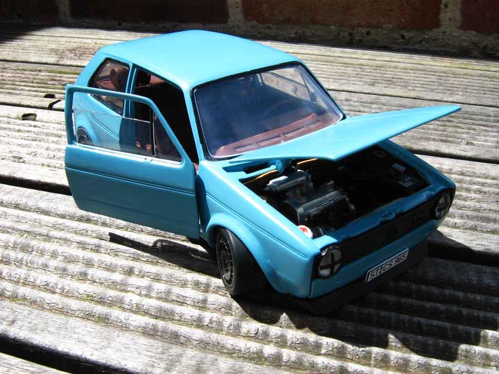 Volkswagen Golf 1 GTI 1/18 Solido blau jantes ford escort rallye