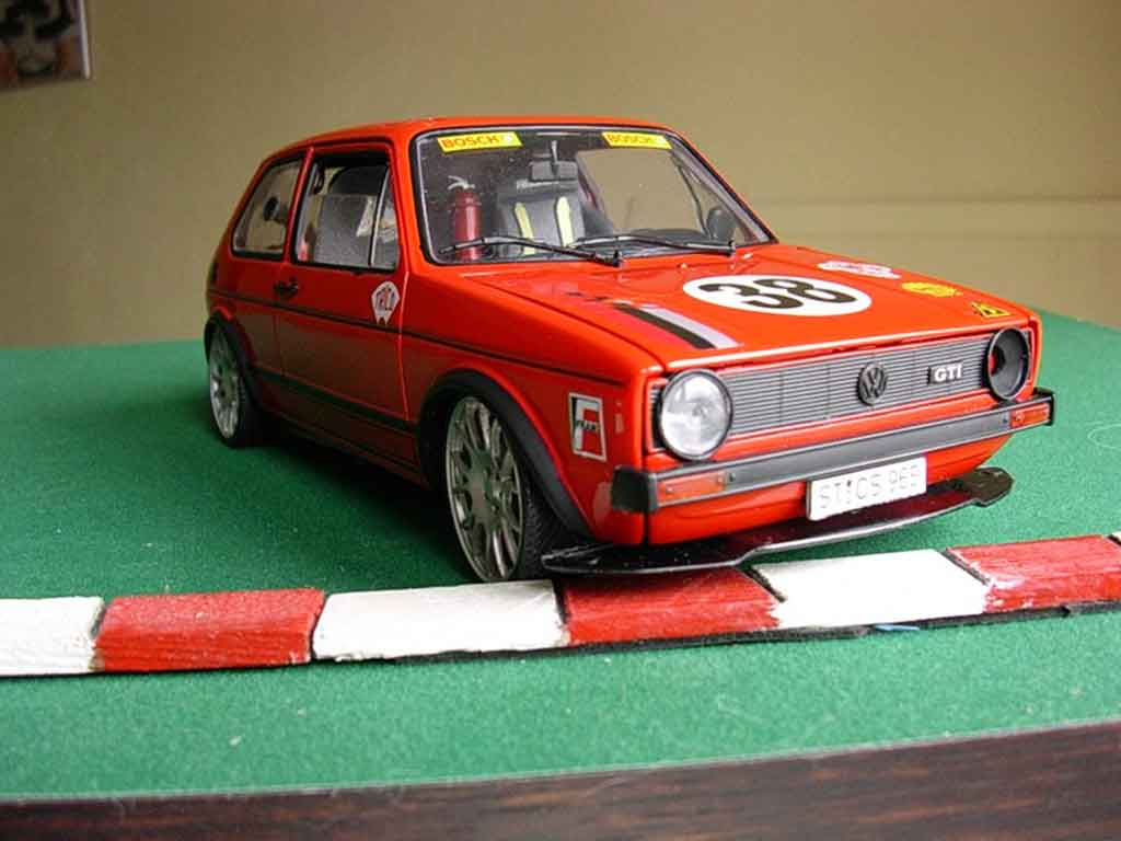 Volkswagen Golf 1 GTI 1/18 Solido racing moteur v10 jantes bbs tuning diecast model cars