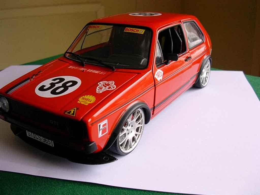 Volkswagen Golf 1 GTI 1/18 Solido racing moteur v10 jantes bbs