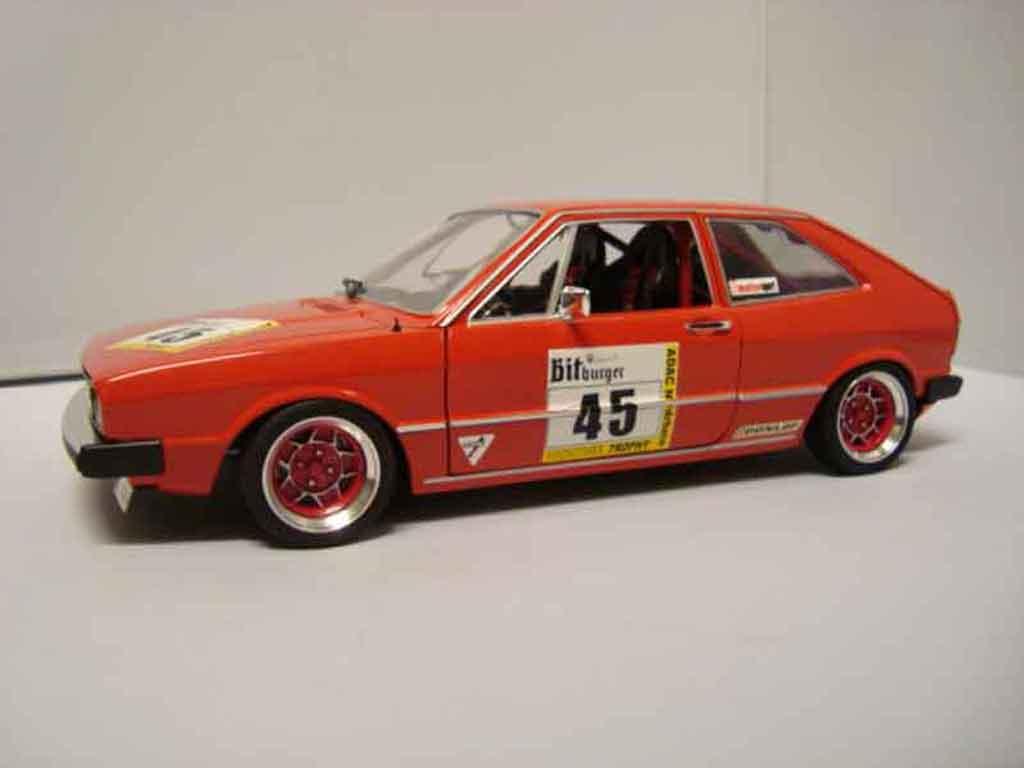 Volkswagen Scirocco GTI 1/18 Revell preparation racing