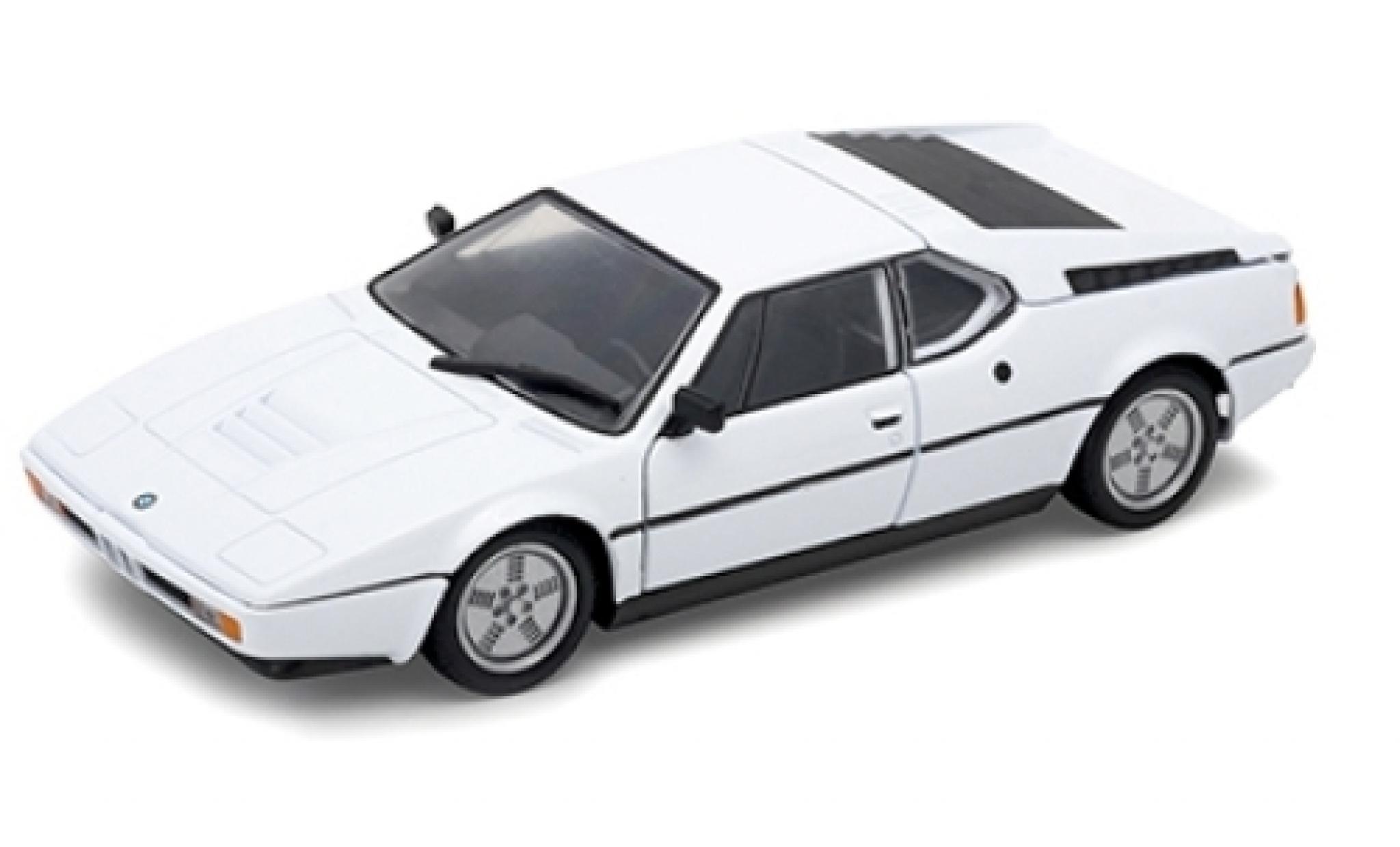 Bmw M1 1/24 Welly blanche 1978