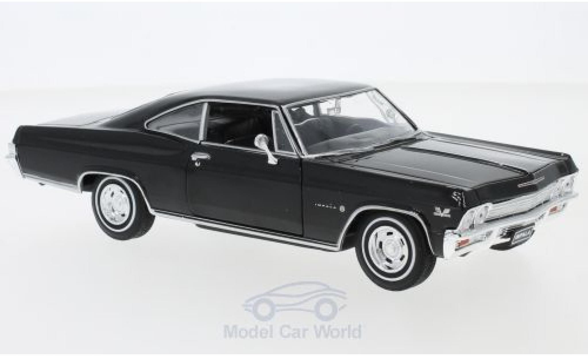 Chevrolet Impala 1/24 Welly SS 396 noire 1965
