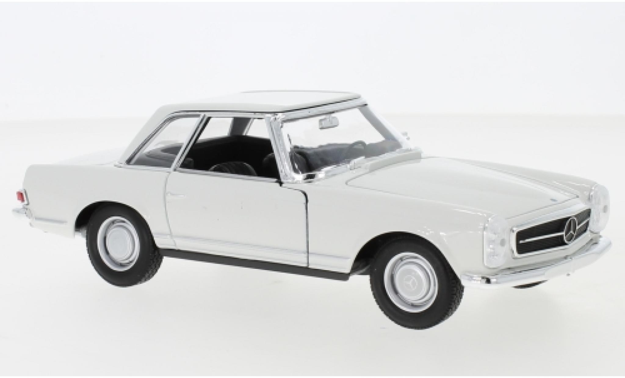Mercedes 230 1/24 Welly SL (W113) blanche 1963