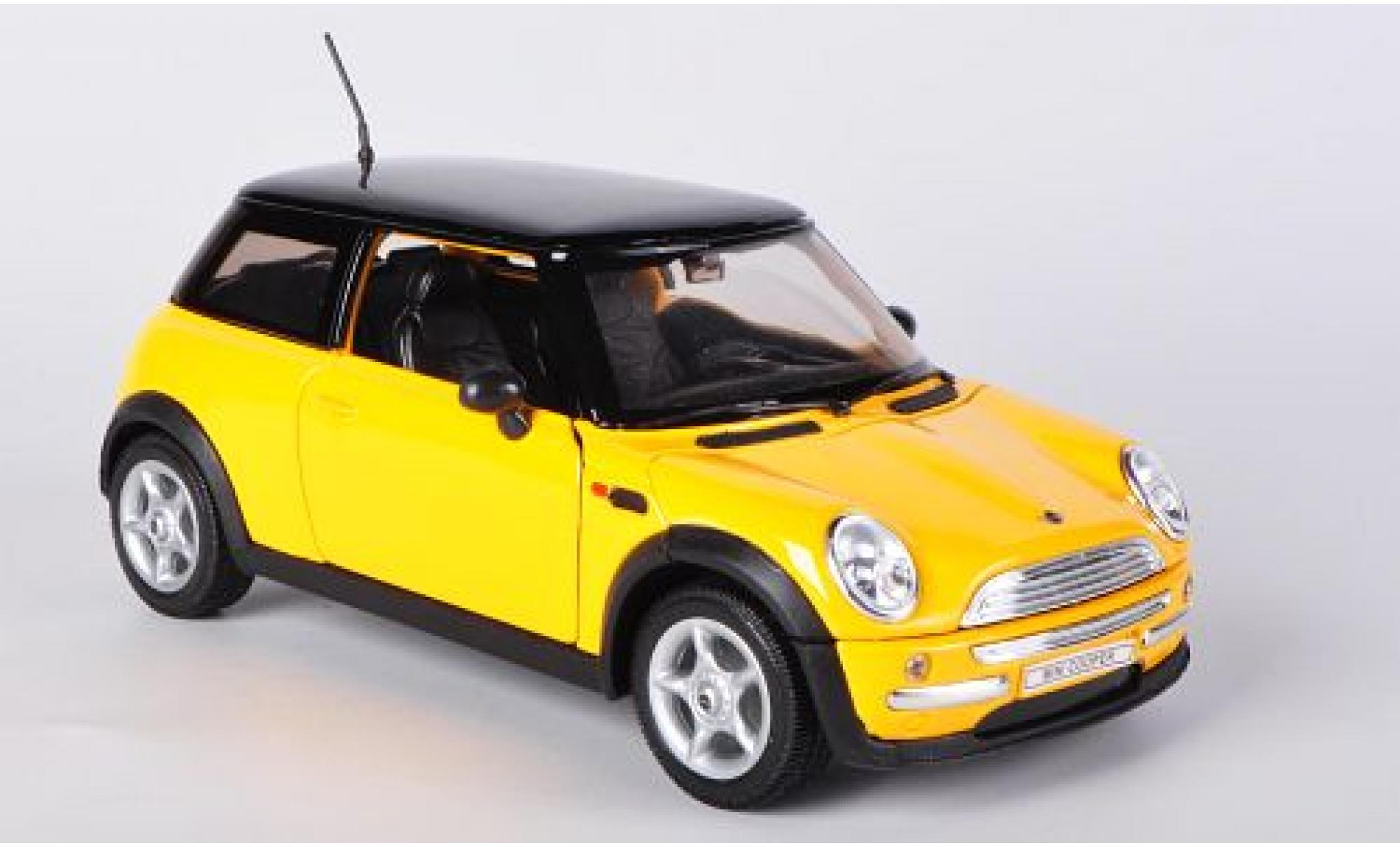 Mini Cooper 1/24 Welly jaune sans Vitrine
