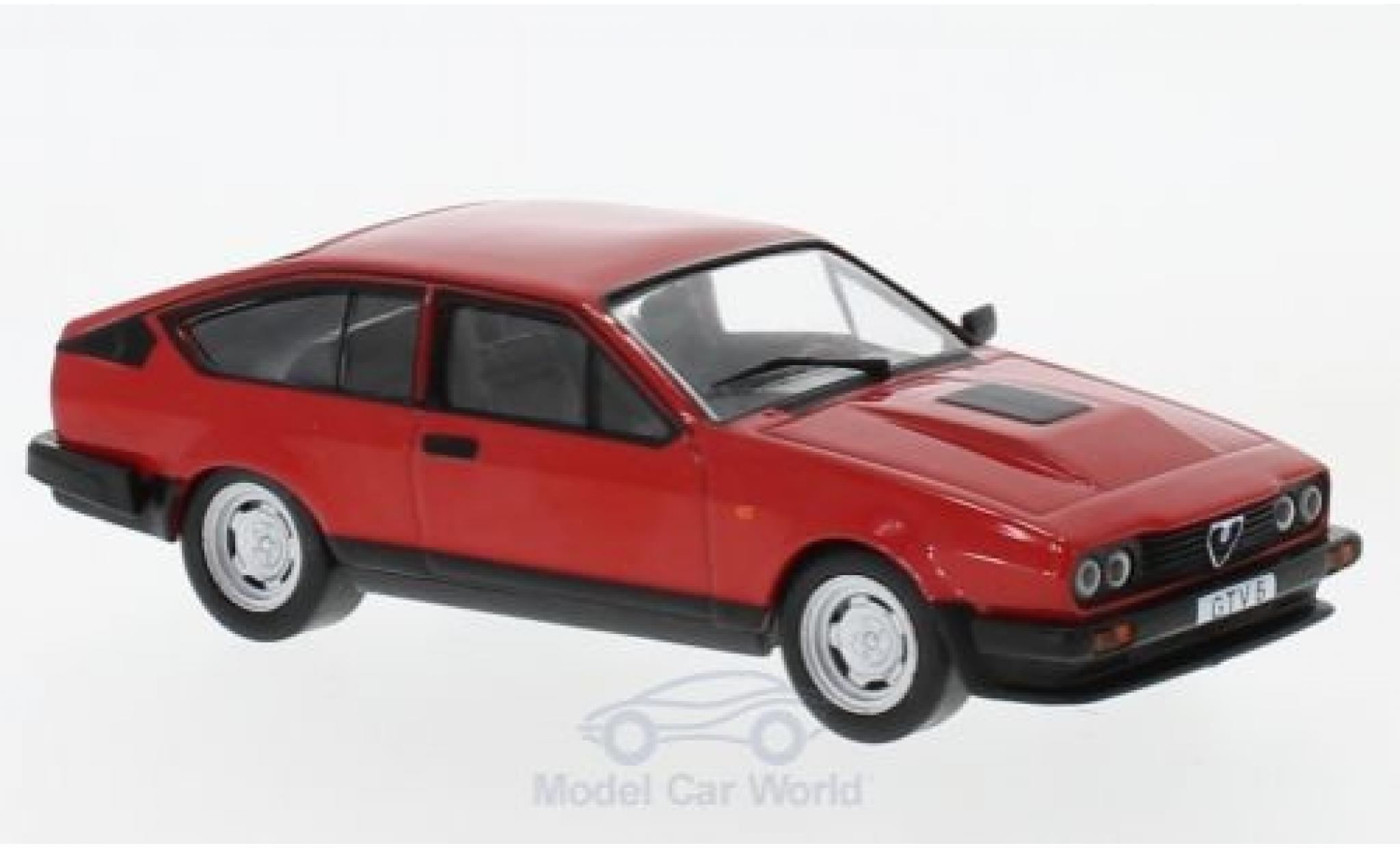 Alfa Romeo GT 1/43 WhiteBox V 6 rouge 1985