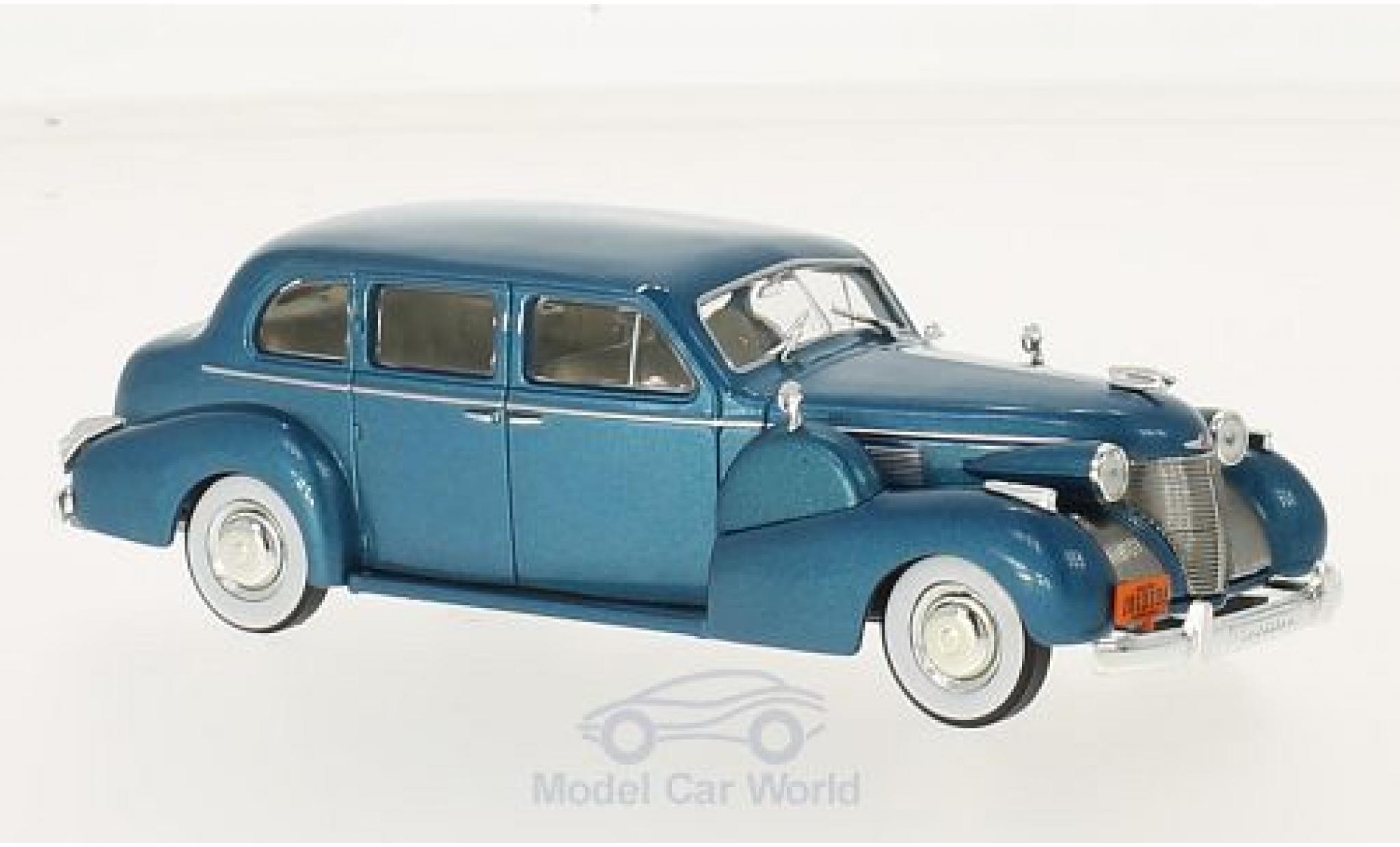 Cadillac Series 75 1/43 WhiteBox Fleetwood V8 Sedan metallic turquoise 1939