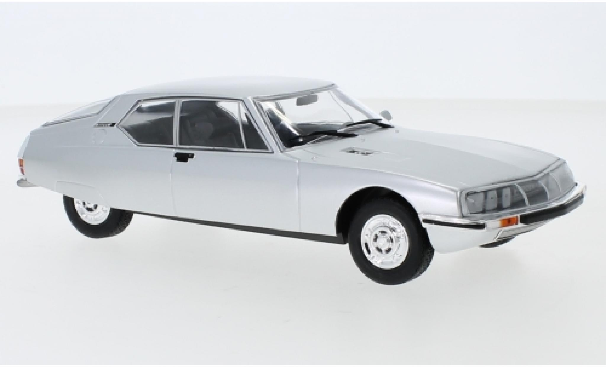 Citroen SM 1/43 WhiteBox grise 1970