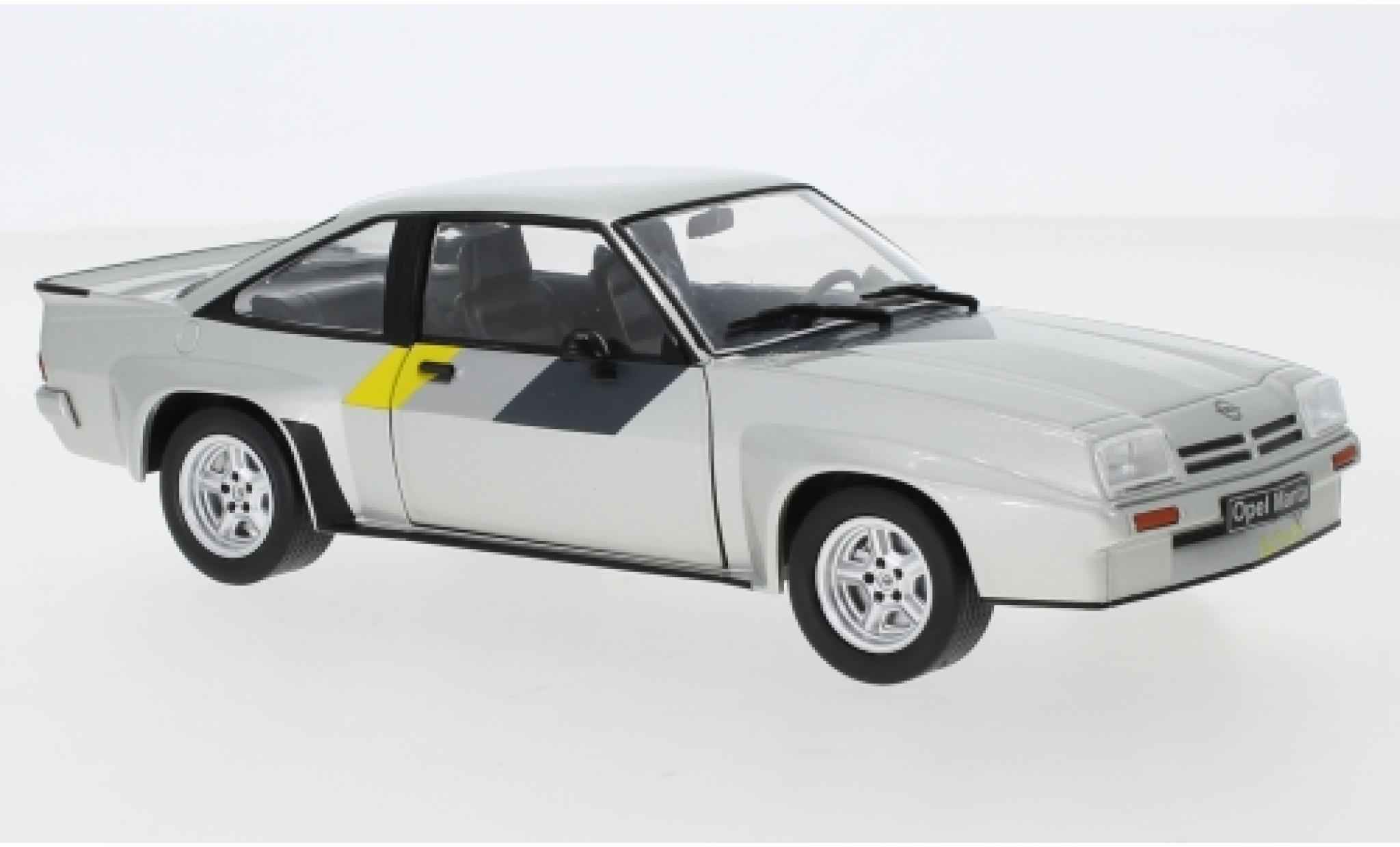 Opel Manta 1/24 WhiteBox B 400 grise 1981