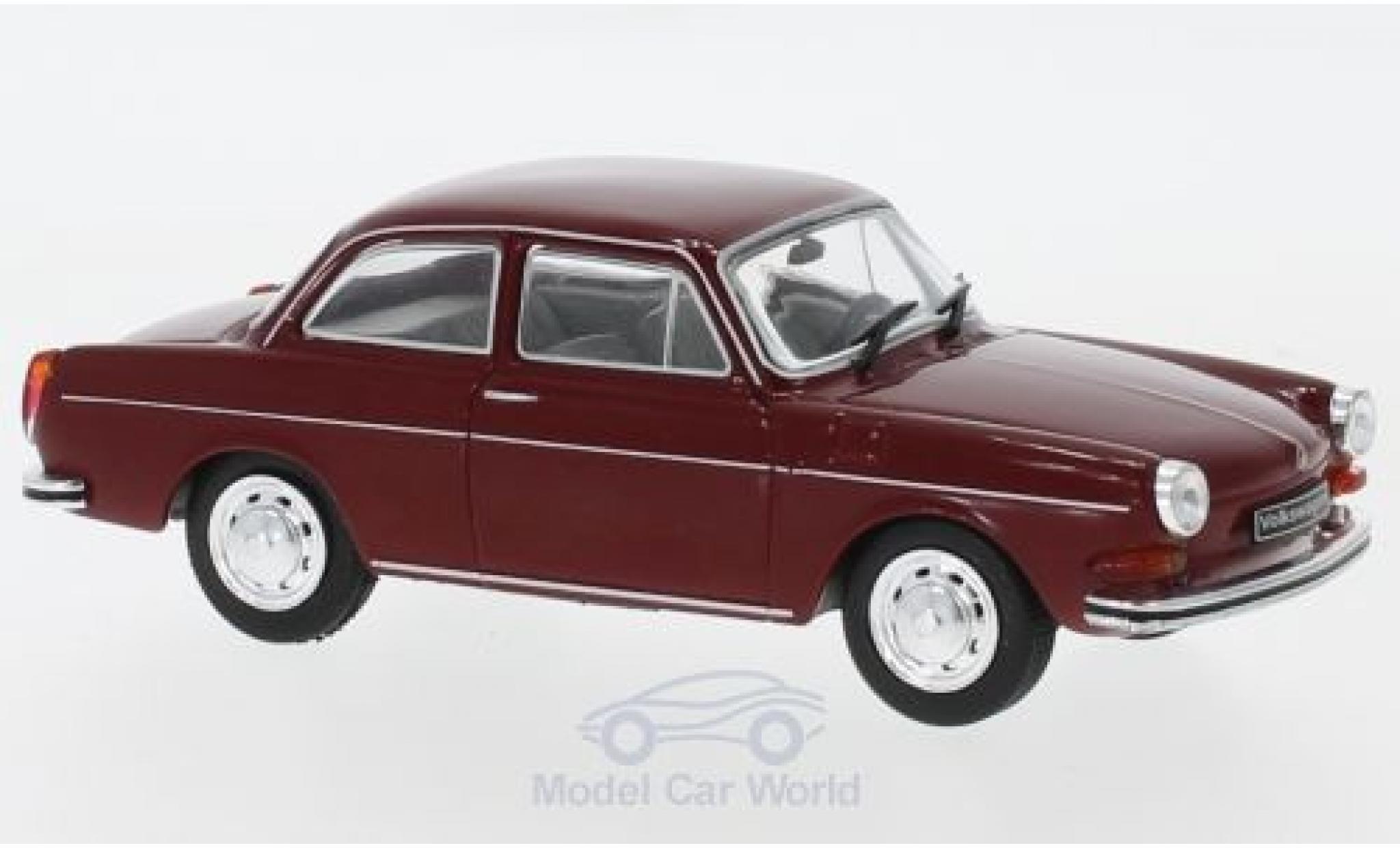 Volkswagen 1600 1/43 WhiteBox L rouge 1970
