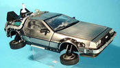 De Lorean futur II  miniature dmc-12 time machine retour vers le futur