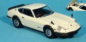 Miniature Nissan 240 ZG  Datsun Fairlady blanche