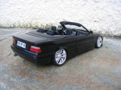 Bmw 325 E36  e36 black wheels chrome Maisto