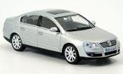 Volkswagen Passat gray metallized 2005