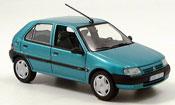 Citroen Saxo miniature verte 5 turer 1996