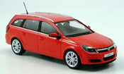 Opel Astra caravan red 2004