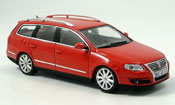 Volkswagen Passat variant red 2005