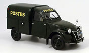 2CV camionette ente kastenente la poste