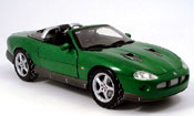 Miniature James Bond Jaguar XKR roadster james bond collection verte