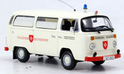 Volkswagen Combi   t2 bus malteser hilfsdienst Minichamps