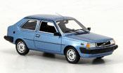 Miniature Volvo 360   GLS bleu