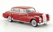 Mercedes 300 D Limousine  rosso 1957