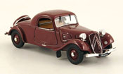 Miniature Citroen Traction 11  a faux cabriolet  rouge 1936
