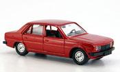 Peugeot 305 miniature rouge