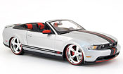 Ford Mustang 2010  convertible gray Maisto
