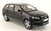 Audi Q7 miniature noire