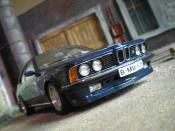 Bmw 635 CSI   m blau metallic Autoart