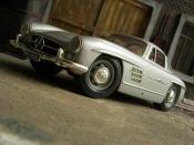 Mercedes 300 SL miniature grise