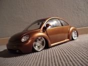 Volkswagen New Beetle   lv up Maisto 1/18