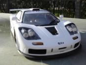 McLaren F1   gtr blanche Ut Models