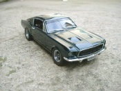 Ford Mustang Bullit Mc Queen  gt replique 1967 Johnny Lightning 1/18