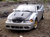 Ford Mustang diecast 2000 svt cobra convertible