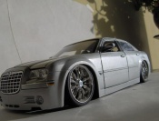Chrysler tuning 300C dub grise
