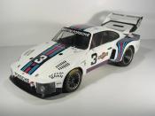 Porsche 935 1976 turbo 6h de dijon #3 martini