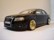 Audi RS4   black wheels bbs Minichamps