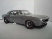 Miniature Muscle car Chevrolet Camaro Z28 1967 brushed aluminum grise