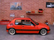 Peugeot 205 miniature GTI 1.9 Rouge Vallelunga jantes bords larges