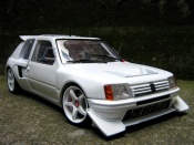 Peugeot 205 miniature Turbo 16 preparee pour la course T16
