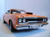 Miniature Muscle car Plymouth GTX road runner 1970 limited edition of 996