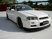 Nissan tuning Skyline R34 blanche jantes techart