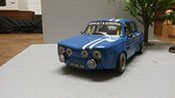 Renault 8 miniature Gordini bleu kit large groupe A