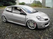 Renault tuning Clio 3 RS grise jantes ferrari f430