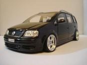 Volkswagen Touran black wheels porsche