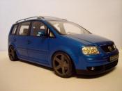 Volkswagen Touran blue wheels black