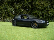 Volkswagen Golf 4 GTI  full black Revell