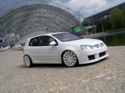 Volkswagen tuning Golf V GTI white wheels audi 18 inches